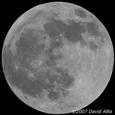 Full Moon over Kauai | ©2007 David Allio