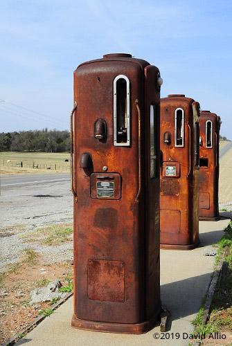 Pump Trio Bennett 766 gas pumps Oklahoma Route 152 Caddo County Coger Oklahoma